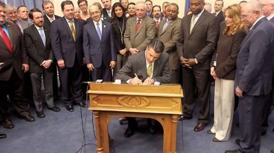 Nevada vedtar lov om nettspilling