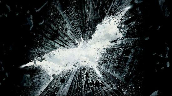 Skurkene og heltene fra Gotham City ankommer Tropezia Palace