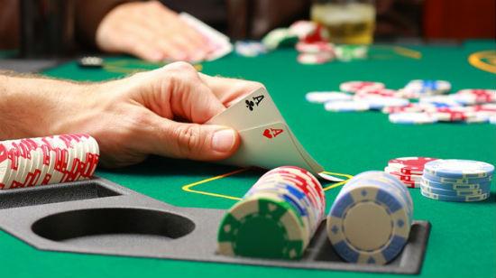 Hvordan spille poker, del 2: Pokerturneringer på nett