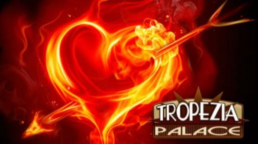 Tropezia Palace maler byen rød denne valentinshelgen!