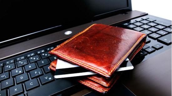 Hvordan setter du inn penger hos online casinoer, og hvilke betalingsmetoder bruker de?