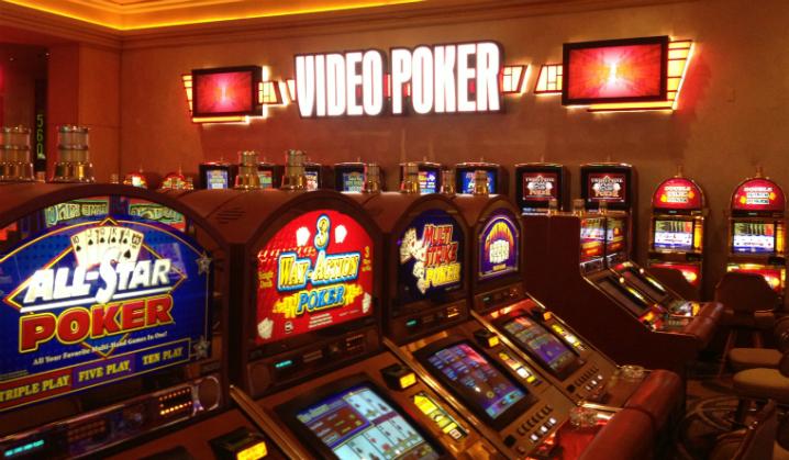 To spillere vant millioner etter å ha lært seg hvordan de skulle velge jackpott etter jackpott i videopoker. Del 2