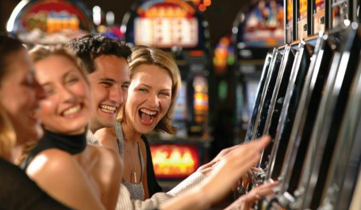 To spillere lærte seg hvordan ta jackpott på jackpott på video-poker. De vant millioner! 4. del